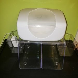 Munchkin Other - Wipey warmer with storage for pampers